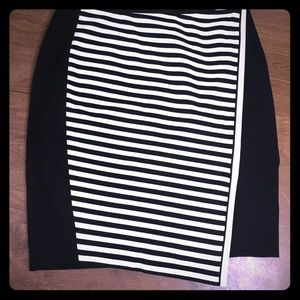 White House Black Market size 8 pencil skirt